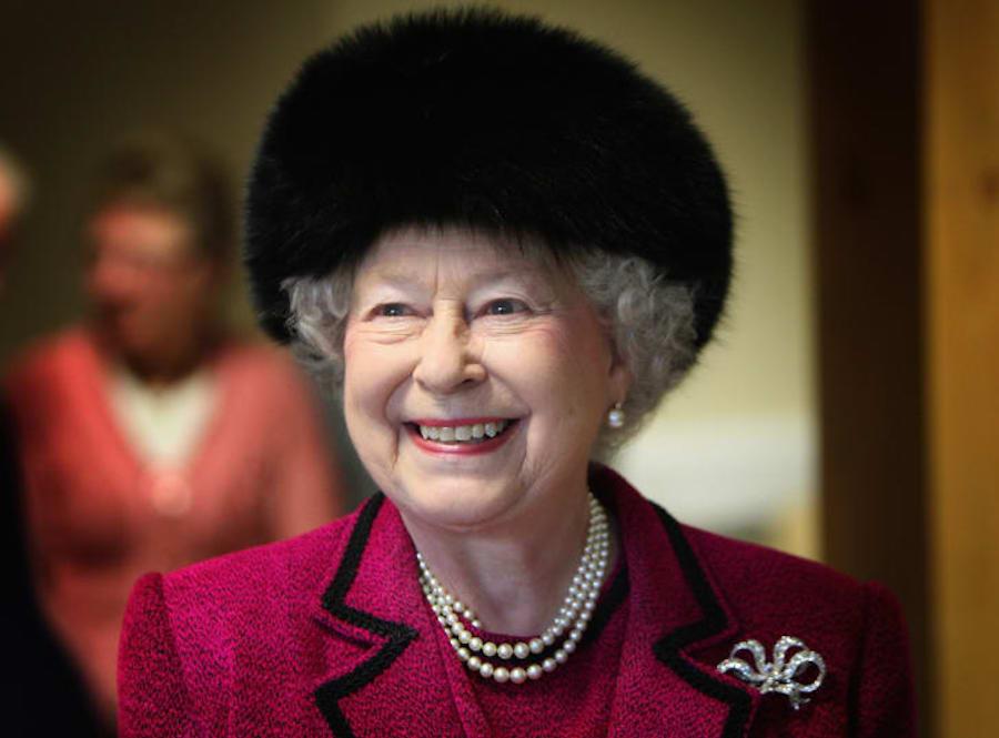 Queen Elizabeth II натуральный мех